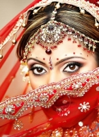 The Indian Woman – Preserver of Traditions, Vehicle of Novelties